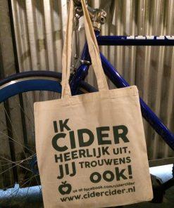 """""""Ik cider heerlijk uit, jij trouwens ook"""" tas gemaakt door CiderCider"""
